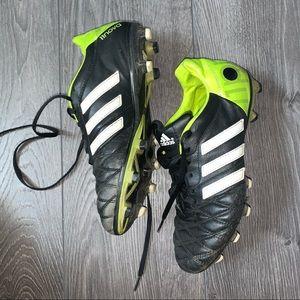 Adidas ⚽️⚽️⚽️Cleats